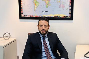 César Petrino
